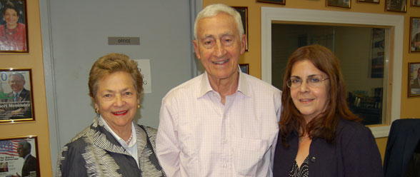 Dr. Roy Vagelos visits Radio NEO